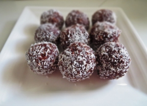 Thermomix raw chocolate brownie balls
